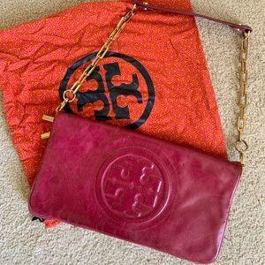 Tory Burch Bombe Reva Logo Magenta Leather Bag